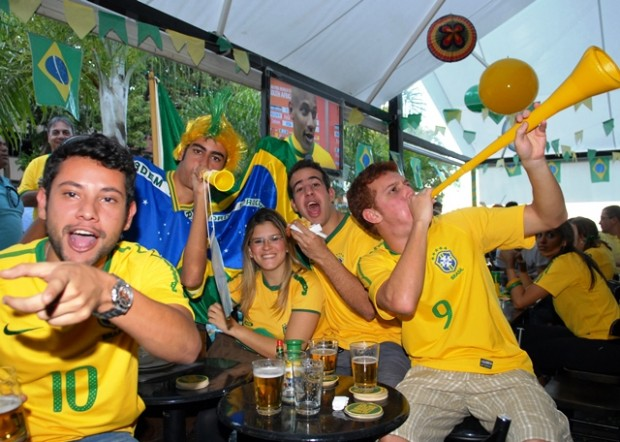 Hoy salen a la venta 345000 entradas para el Mundial de Brasil 2014 - FÚTBOLSELECCIÓN