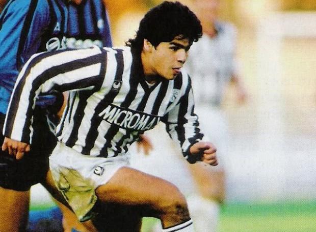 Maradona jugó en el Rayo Vallecano - FÚTBOLSELECCIÓN