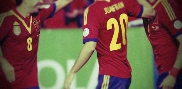 Sabes cuál es el número total de jugadores que han vestido la camiseta de la Selección española - FÚTBOLSELECCIÓN