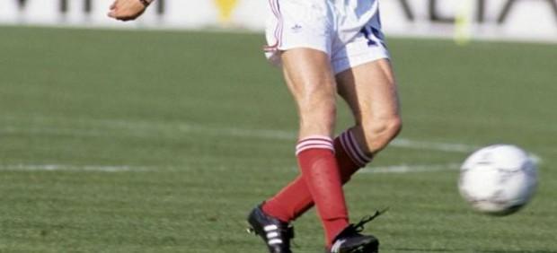 Sabes qué jugador es el único que ha marcado goles en un Mundial con dos Selecciones diferentes - FUTBOLSELECCION