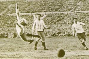 Sabes quién ha sido el árbitro más joven en pitar en un Mundial- FUTBOLSELECCION
